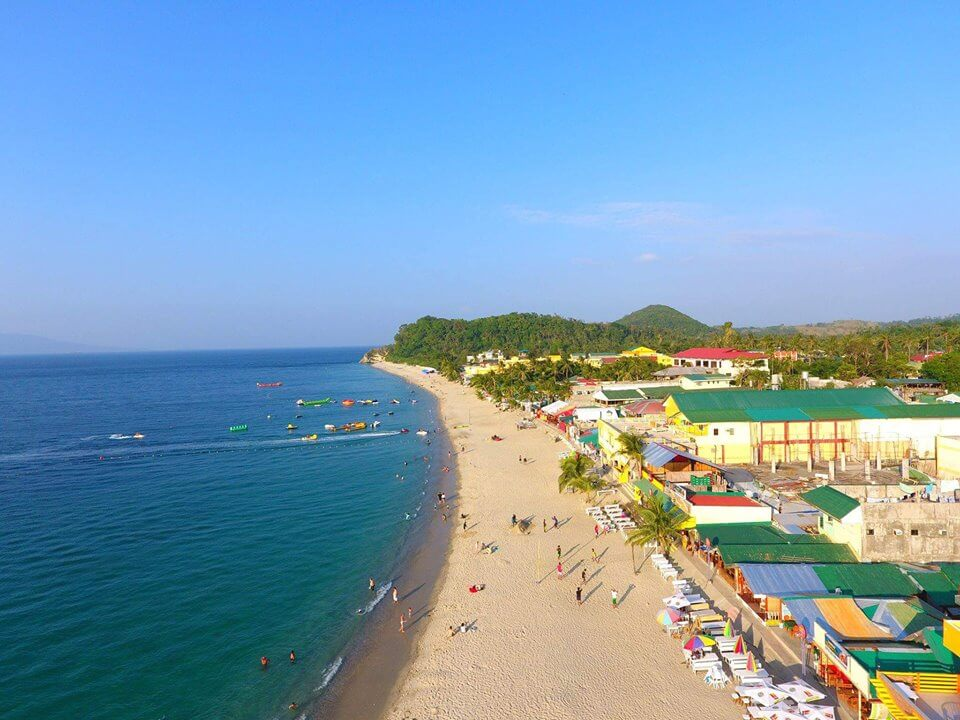 White Beach Puerto Galera - Mindoro Travel Guide | Photo By: Chino del Carmen